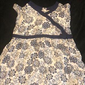 4t dress, gently used. Pet free/smoke free home.